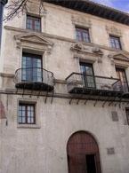 Fachada del palacio Piazuelo-Barberán, sede del CECBA-Caspe.